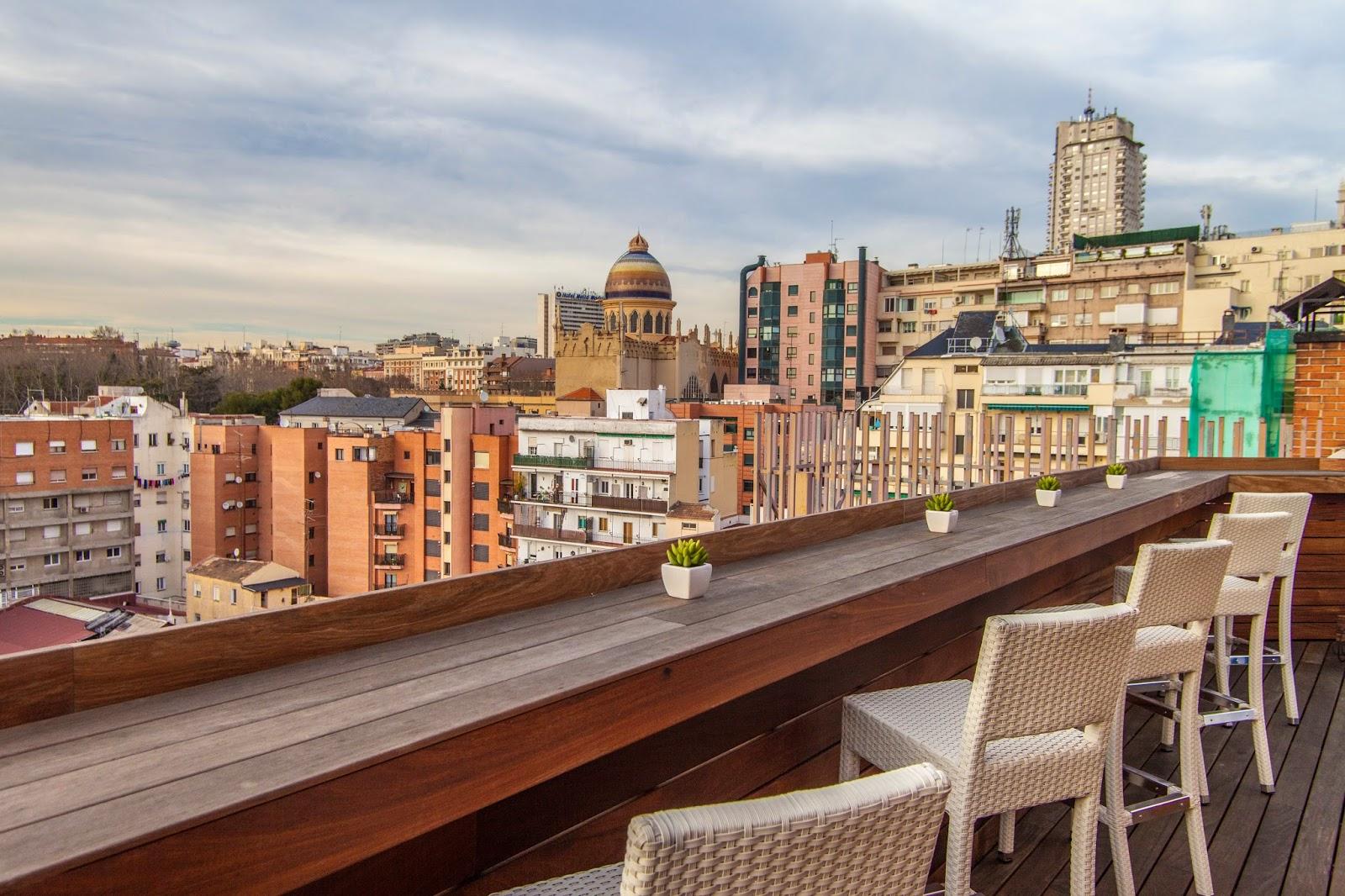 Azoteas y terrazas de hotel con vistas maravillosas de madrid for Terraza sabatini madrid
