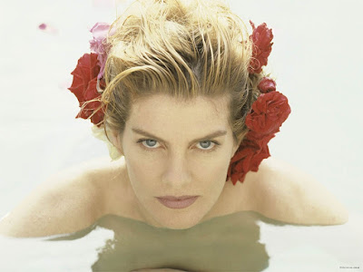 Rene Russo Wallpaper