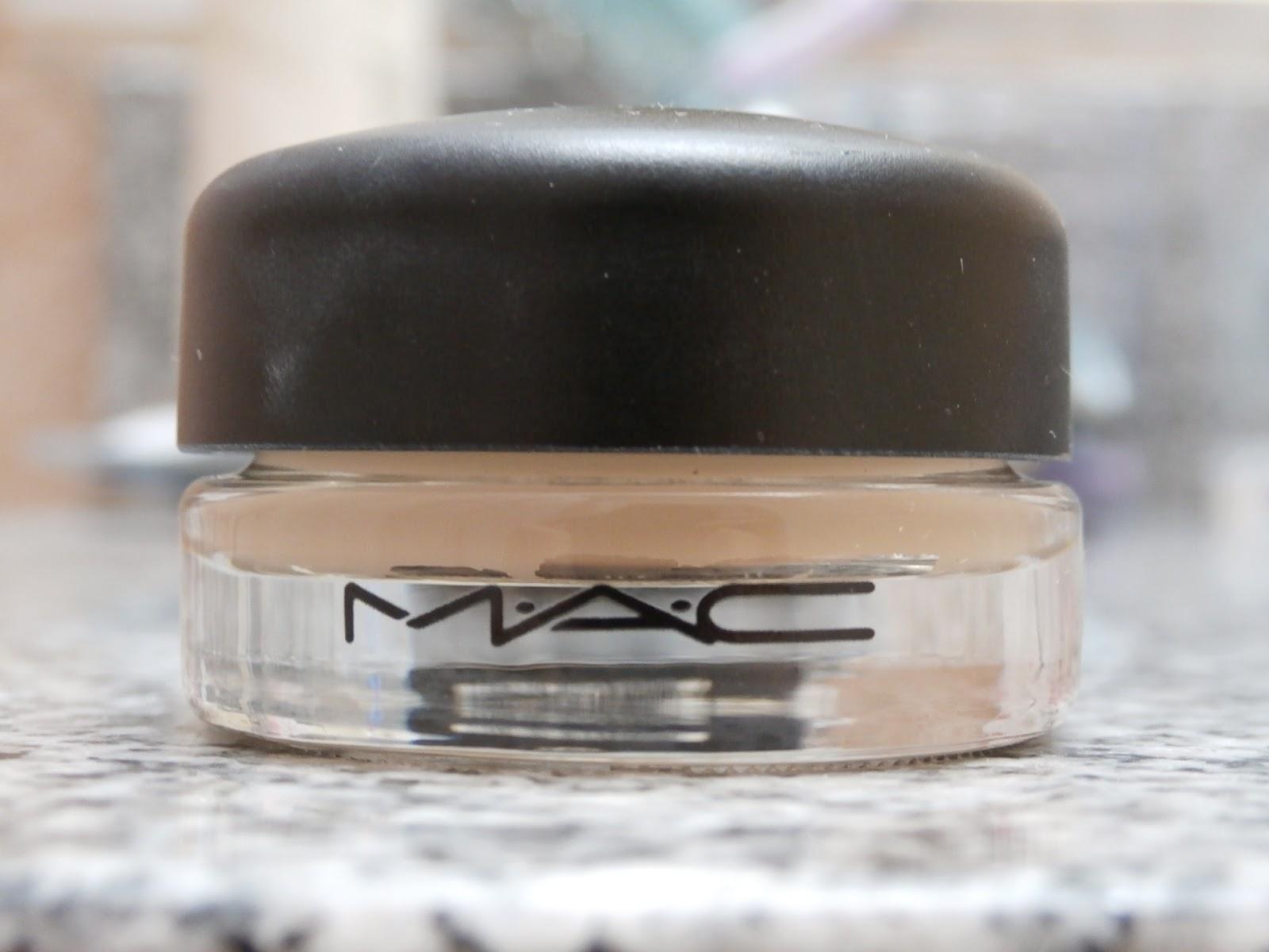 Mac Paint Pot Soft Ochre Uses