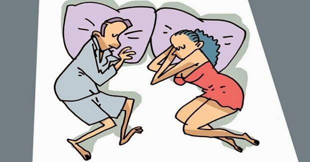 Dormir nessa posição é sinal da busca por intimidade e da existência do desejo de estar perto do parceiro (a).