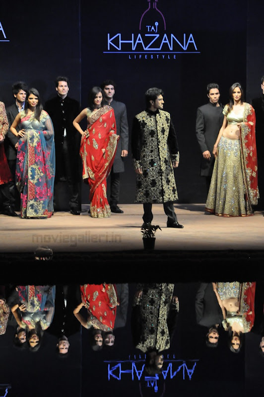 Ram Charan Teja Walks Ramp in TAJ KHAZANA Lifestyle Fashion Show event pictures