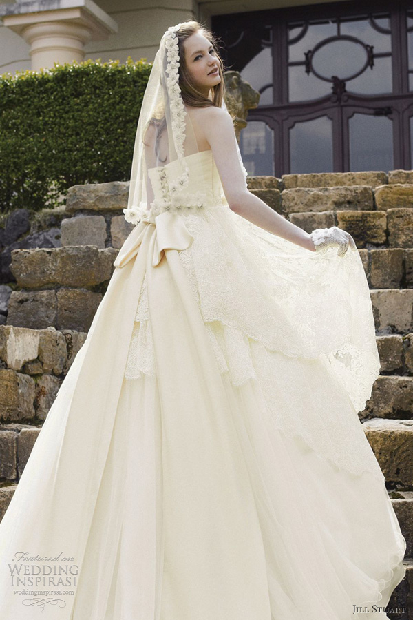 Honey Buy: Jill Stuart wedding dresses