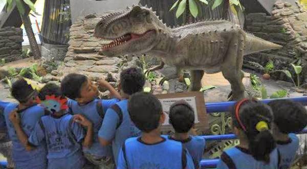 Dinosaurus Mengapa bisa Seperti Raksasa?