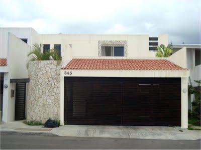 Casas mexicanas fachada de casa moderna - Decoracion de cocheras modernas ...