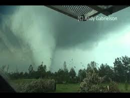 April 27 2011 Close Range Mississippi Tornado