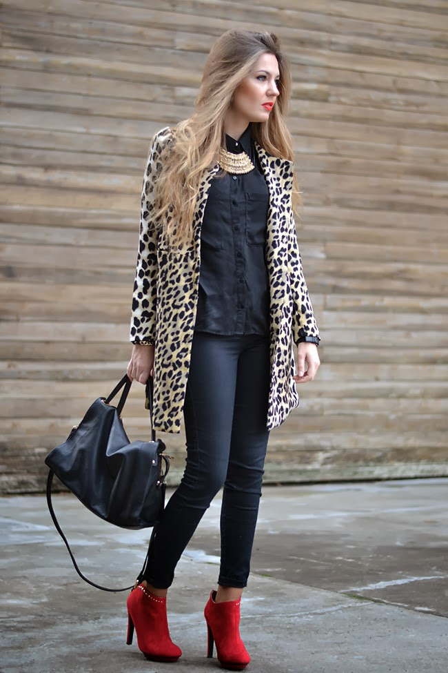 blusa negra – Mi Aventura Con La Moda