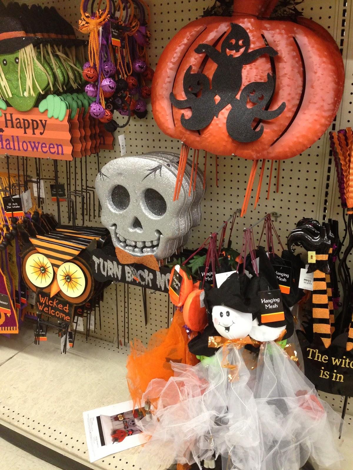 halloween signs - Big Lots Halloween