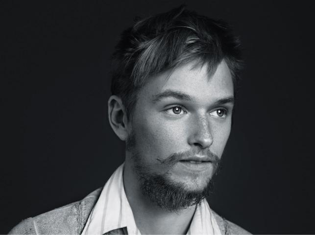 henry hopper mia wasikowska
