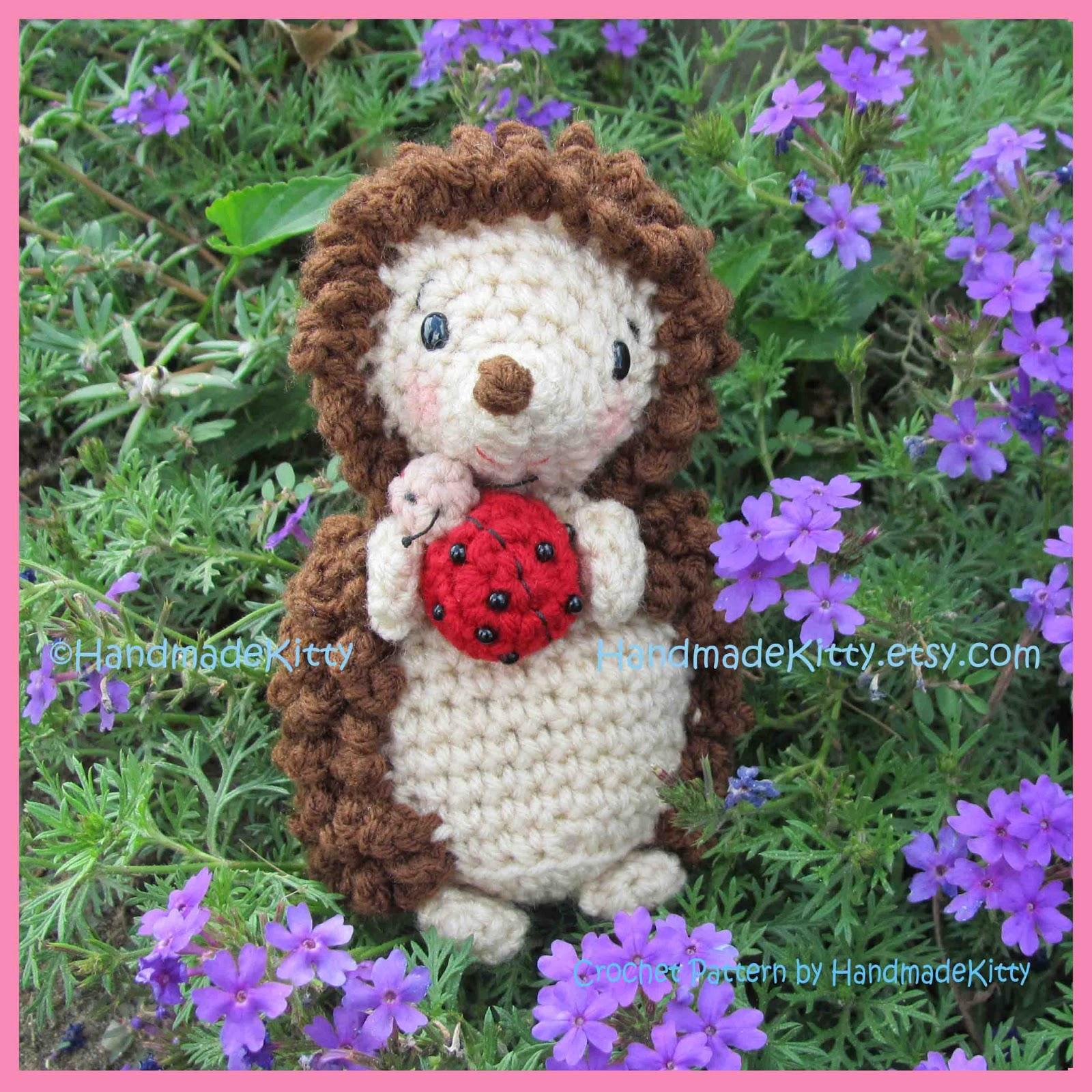 Handmadekitty hedgehog with little friend ladybug amigurumi hedgehog with little friend ladybug amigurumi crochet pattern by handmadekitty bankloansurffo Choice Image