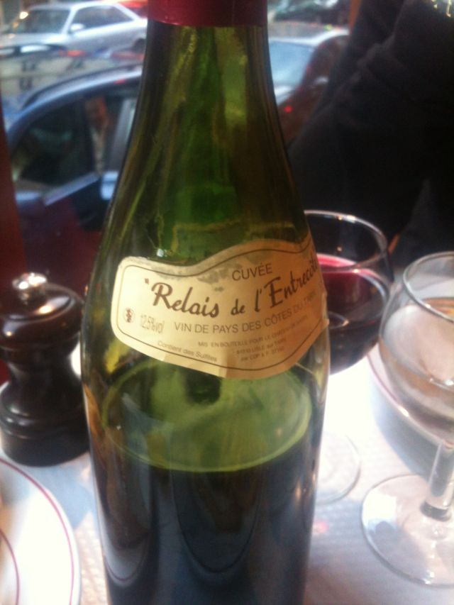 Living eating and cooking in paris relais de l 39 entrecote - Le relais de l entrecote porte maillot ...
