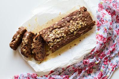 banana bread all'avena e cioccolato (vegan)
