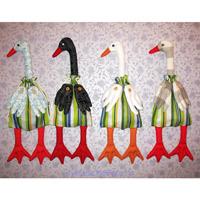 Вышивка, лоскутное шитьё (пэчворк), вязание гуси тильда