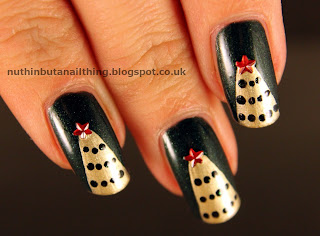 Gold Christmas Tree Nails