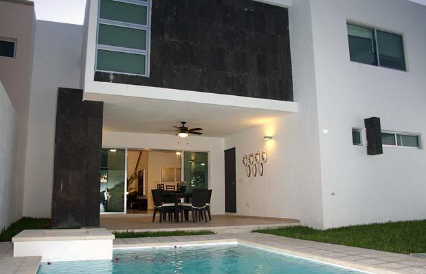 Decoraci n minimalista y contempor nea fachadas for Colores para casas minimalistas