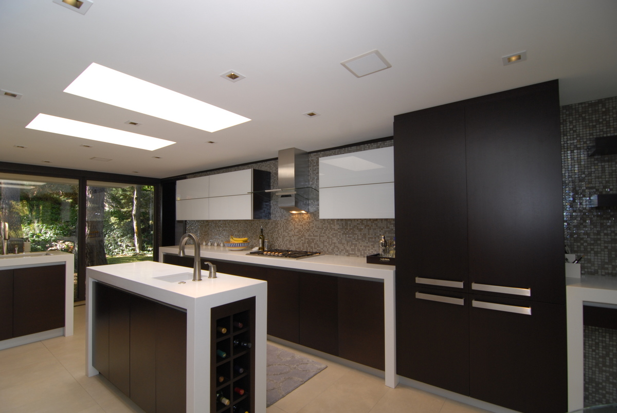 i am so thrilled to finally be able to share this project with all of you  usually you u0027re lucky if you get one of these 3 things in a remodeling project      enzy living  white  u0026 wenge modern kitchen remodel  rh   enzyliving blogspot com