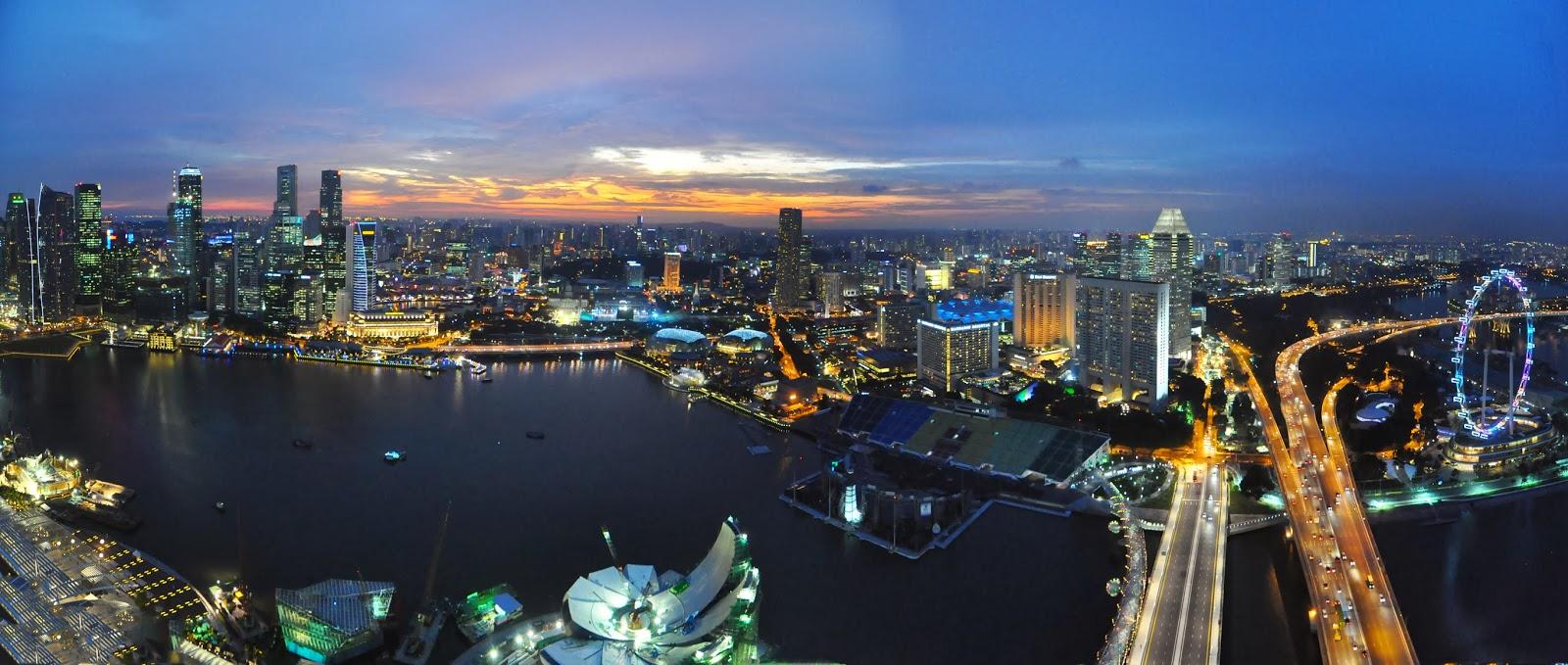 http://upload.wikimedia.org/wikipedia/commons/6/6c/1_Singapore_skyline.jpg