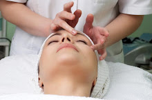 Massagem na Área dos Olhos