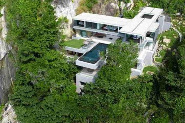 Majestic Thai Villa Overlooking The Ocean
