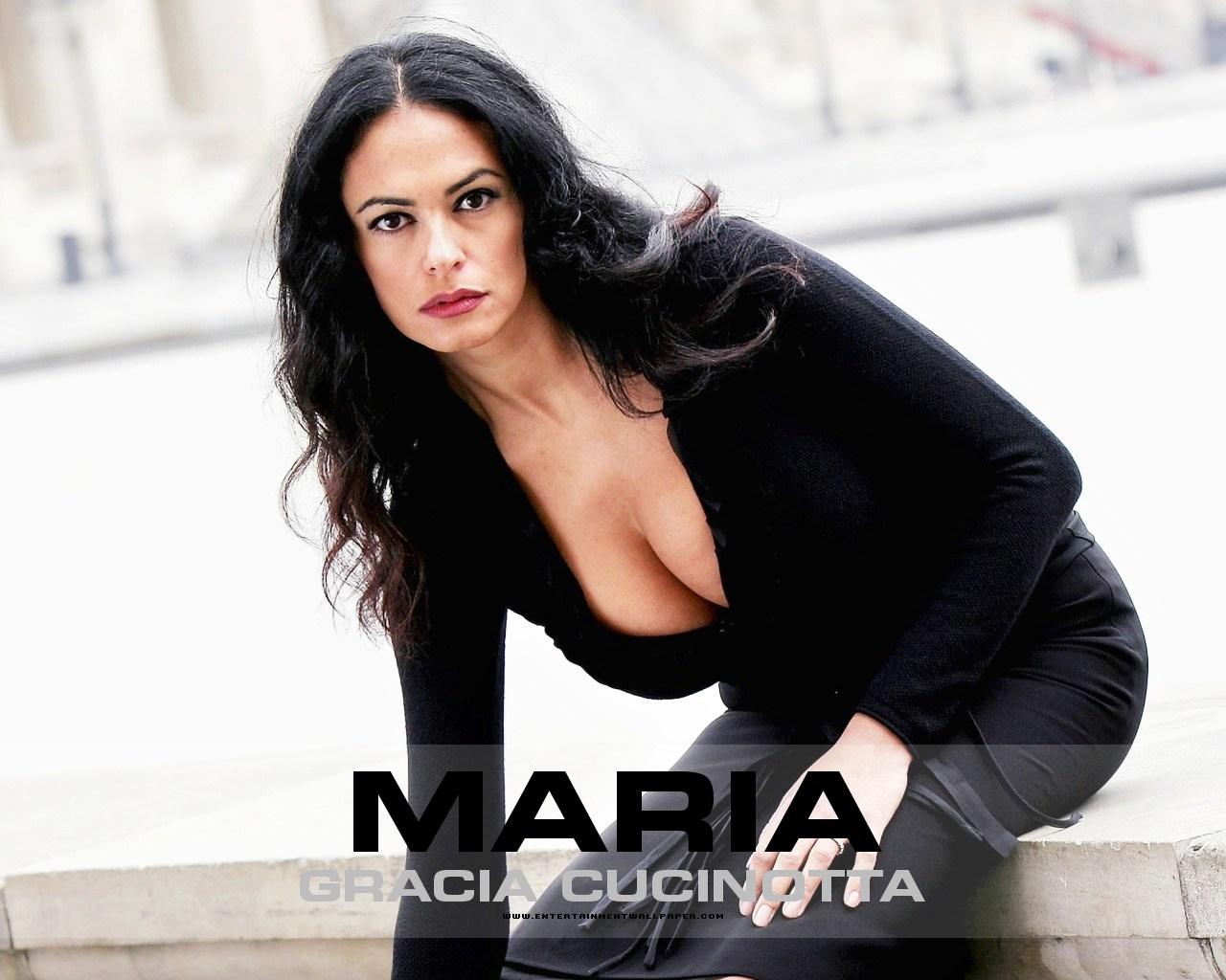 Maria Grazia Cucinotta (born 1968)