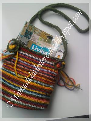 Bolsito multicolor tejido en crochet