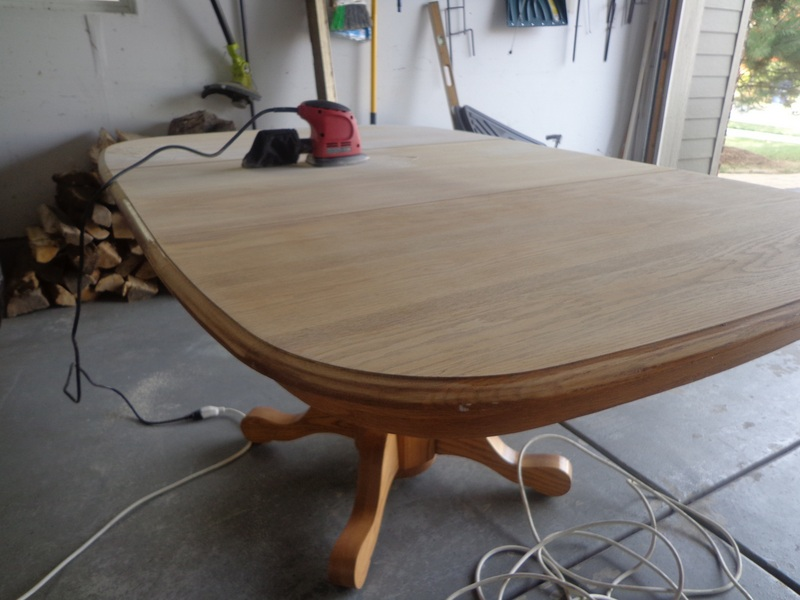 All Things That Make A House A Home......: Refinishing An Oak Dining Table.