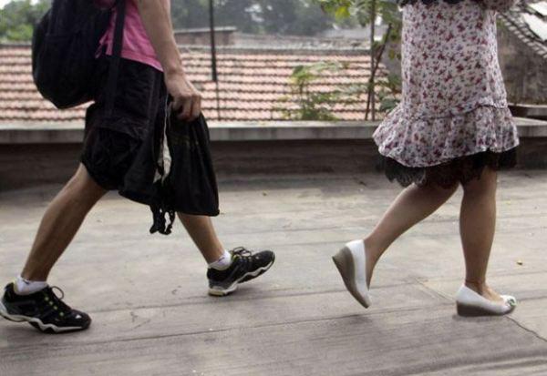 Modus Baru Ngintip Celana dalam Wanita