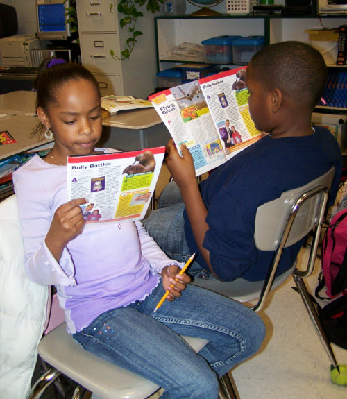 Corkboard Connections: Teaching Informational Text with Magazines