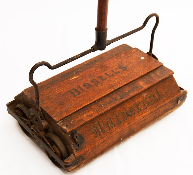 Antique Bissell's Universal Carpet Sweeper | Grandma's ...
