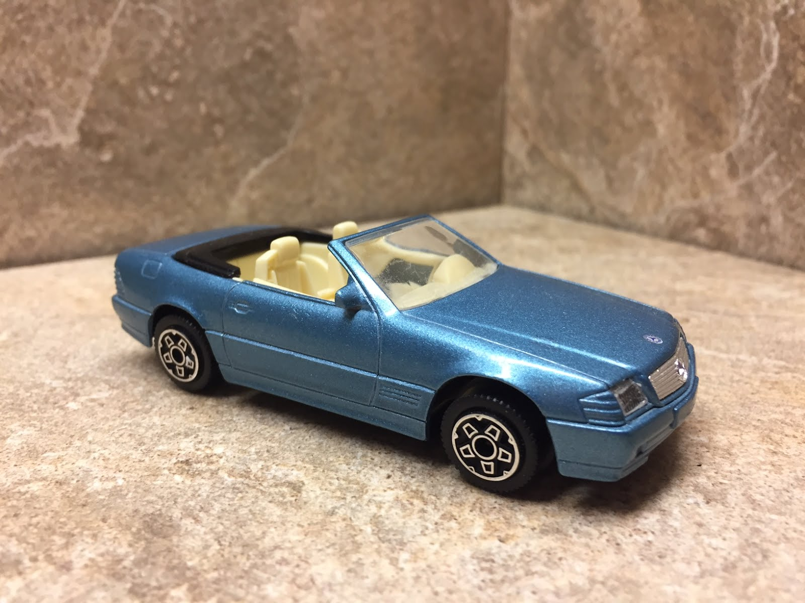 1:43rd scale Mercedes Benz ~