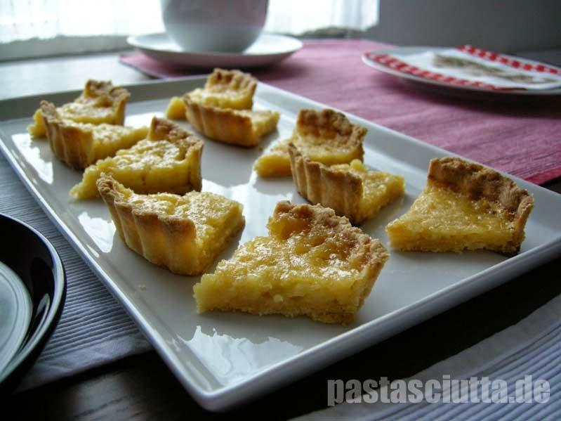 Kleine Happen aus Tartelettes au Citron
