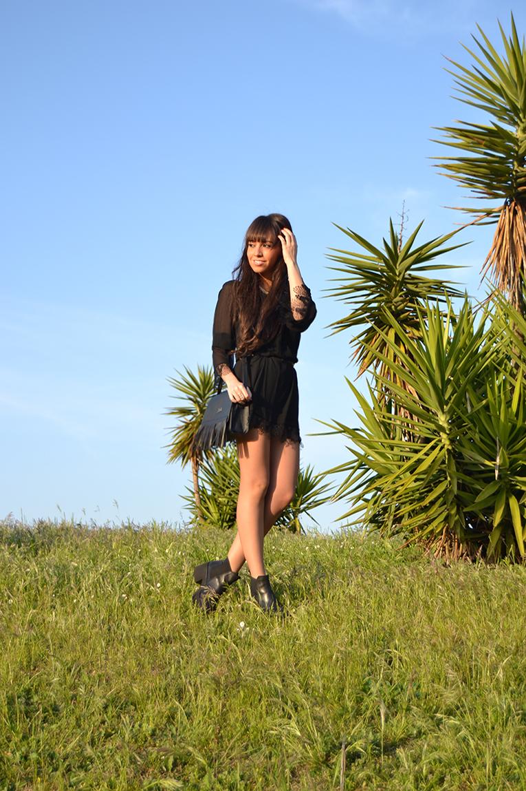 Street style, BLACK LONG SLEEVE BACKLESS DRESS, sheinside, street style, music festival outfit