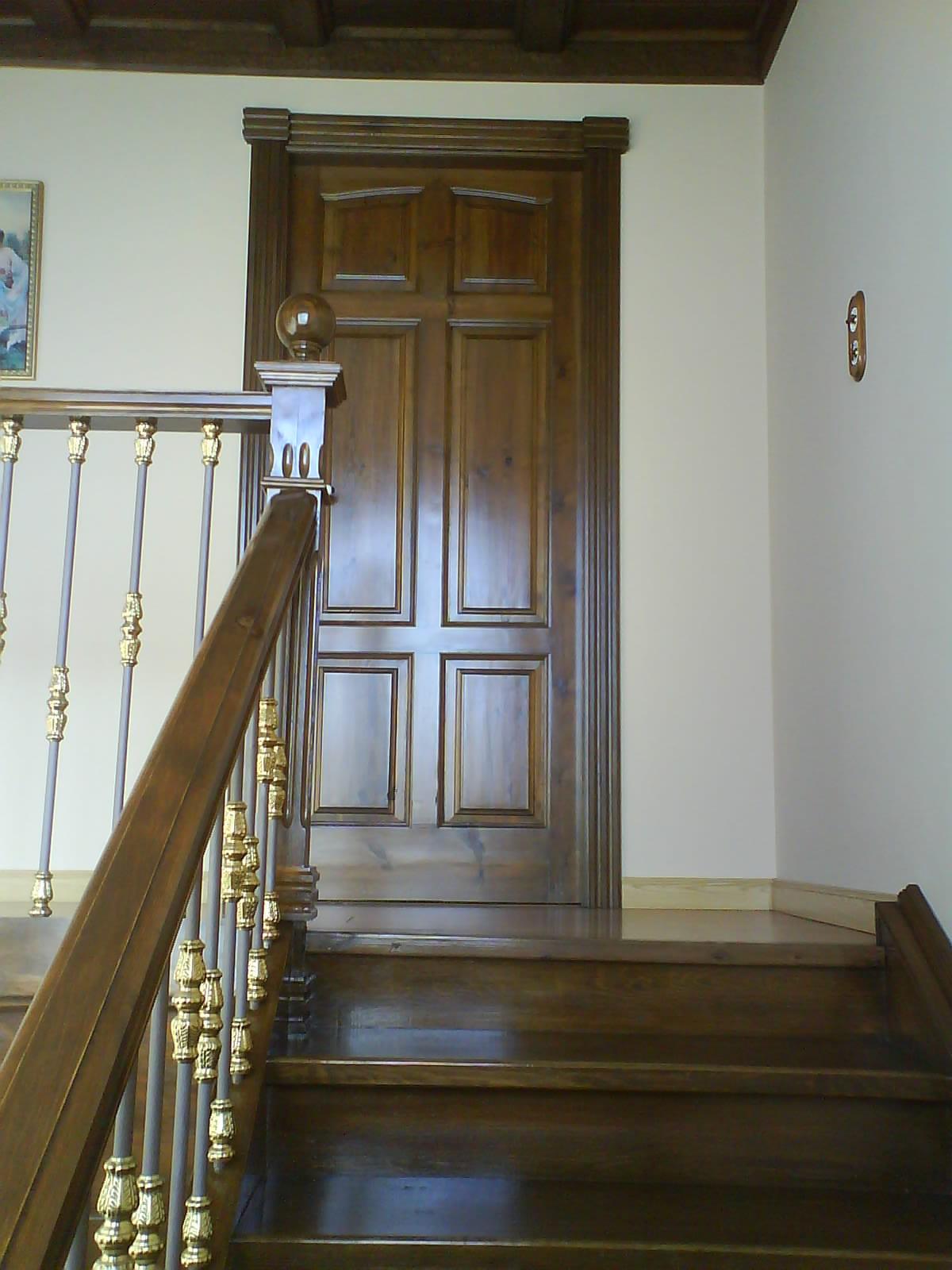 Carpinter a baena subida de escalera for Muebles baena