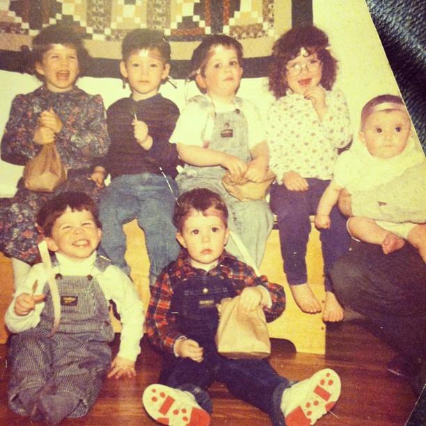family photo cousins