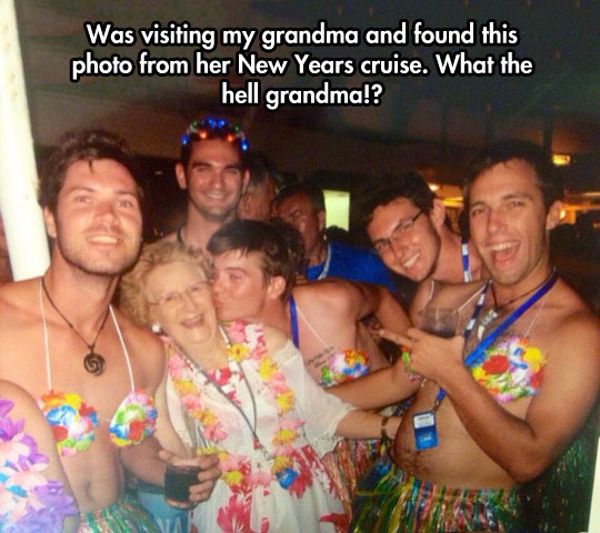funny grandma photo cruise party she who seeks never underestimate older women!
