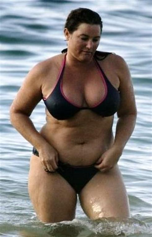 gaining celebrities bikinis keely shaye smith