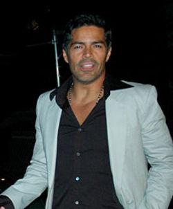 Esai Morales HairStyle (Men HairStyles) - Men Hair Styles ...