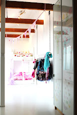Bed & Walk In Closet!
