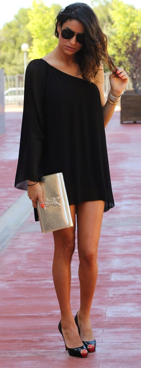 BLACK ASYMMETRICAL DRESS & BLACK LOUBOUTIN