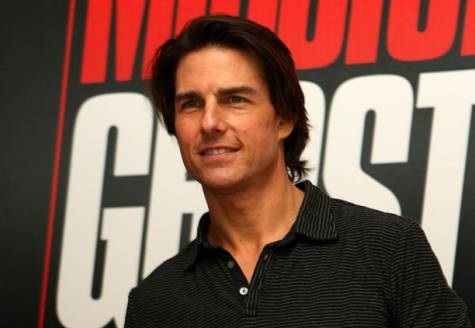 tom cruise mission impossible rock climbing. Hollywood actor Tom Cruise