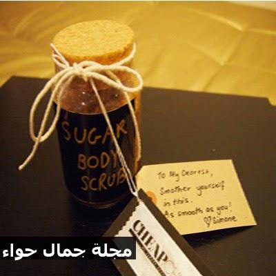 اصنعى سكرب السكر وزيت الزيتون بالمنزل  لجسم ناعم حريرى.. مجلة جمال حواء