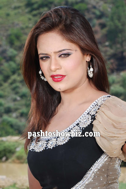 Pashto Film Star Sobia Khan Latest Wallpaper in Black Dress