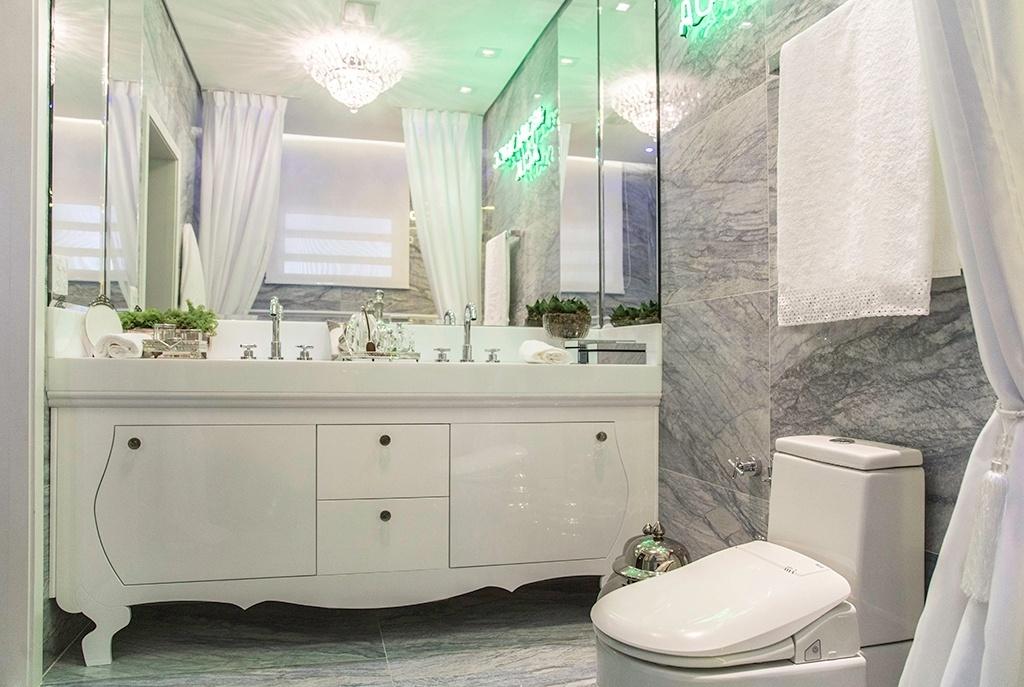 Banheiros com armários clássicos  veja modelos com essa tendência!  DecorSa -> Armario Banheiro Moderno