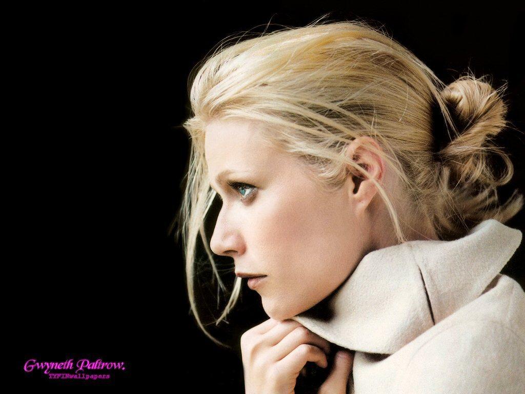 http://2.bp.blogspot.com/-frHoRsS_i0o/Tc4iCWLV1WI/AAAAAAAAD2c/-UEWHnuxsV8/s1600/Gwyneth-Paltrow-Hot-Wallpapers-04.jpg
