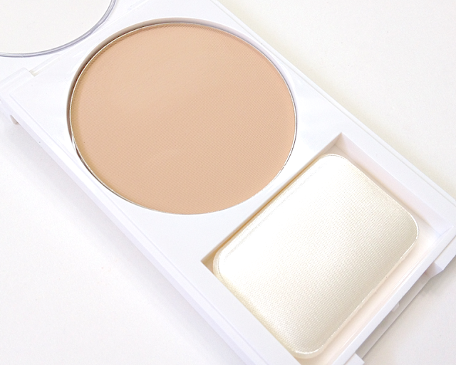 Revlon Nearly Naked Powder Light review swatches