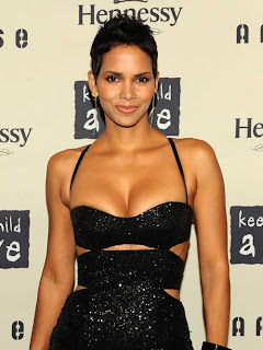 Halle Berry Model and actress photo gallery 2012