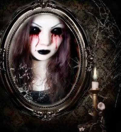 La caja negra del misterio el fantasma del espejo la for Espejo q aparece en una pelicula
