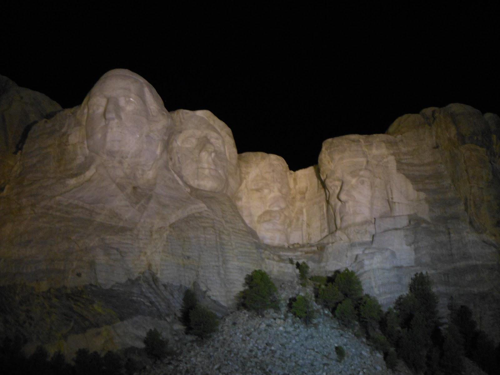 Mt Rushmore at night