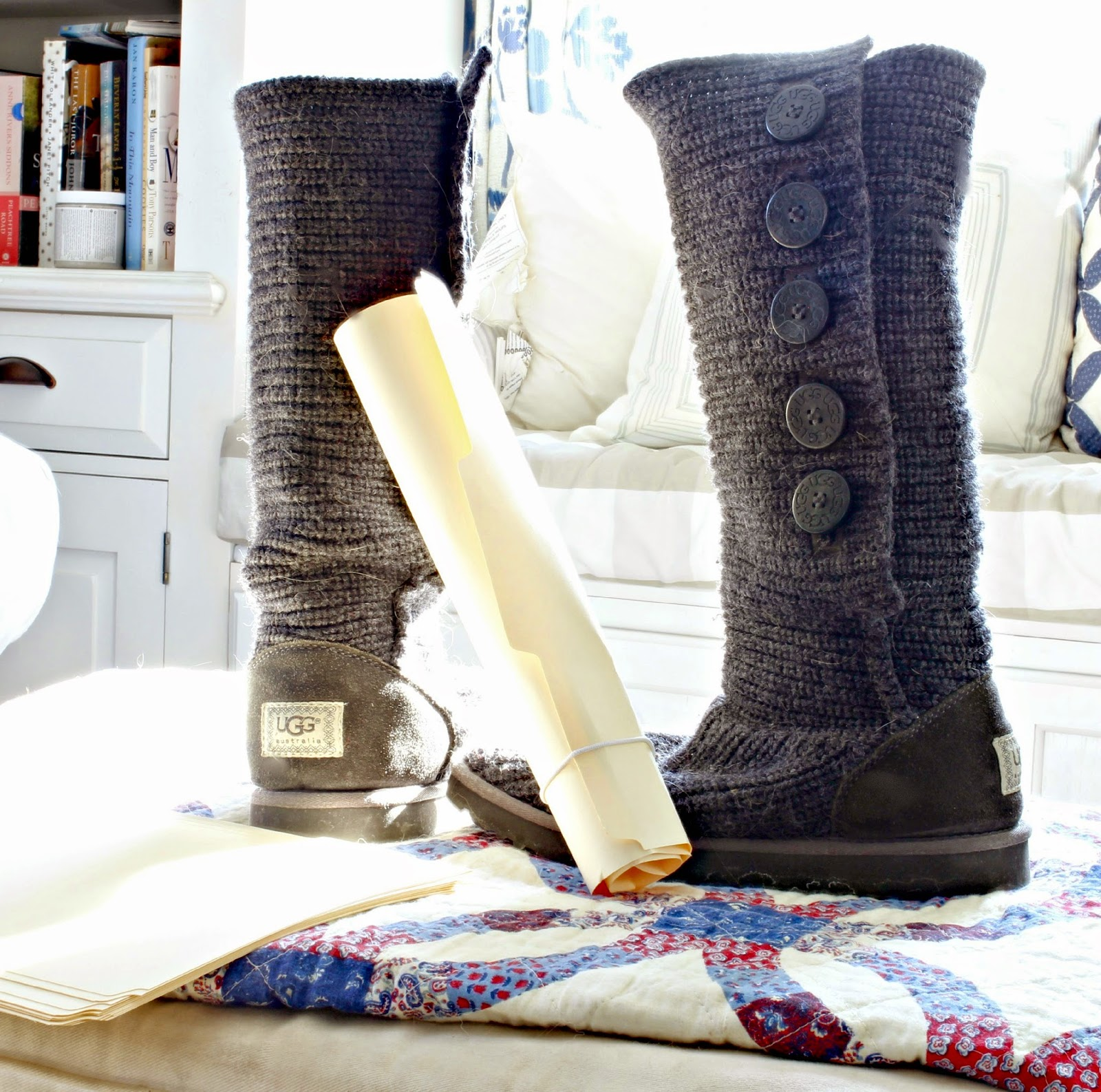 Manila folder used as boot shapers-www.goldenboysandme.com