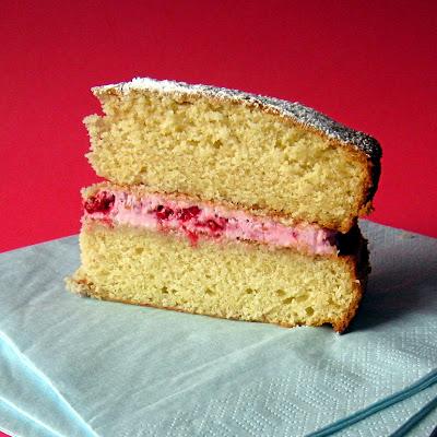 ... Delicious Delicious: Pretty Much Perfect Coconut-Raspberry Cake