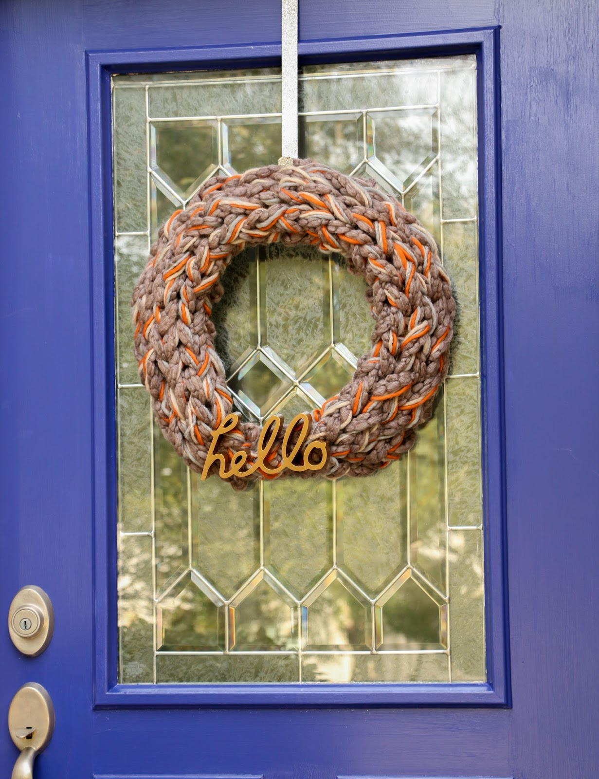 Craft It - An Arm Knitted Fall Wreath - A Kailo Chic Life